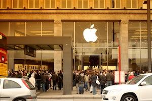 Apple Store Jungfernstieg Front Filter 17.09.2011